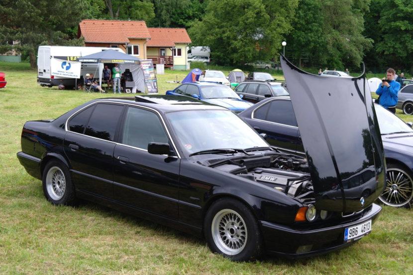 download BMW 5 E34 520i workshop manual