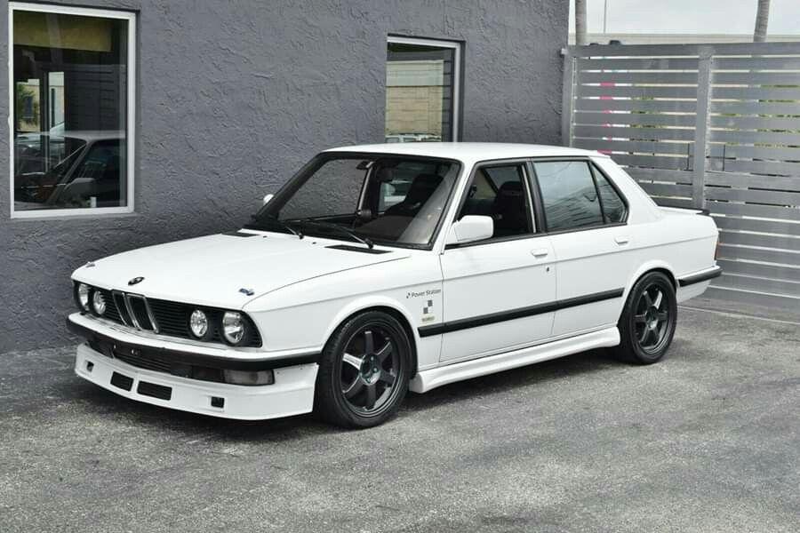 download BMW 528I E28 workshop manual