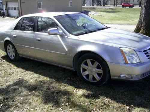 download Cadillac DTS workshop manual
