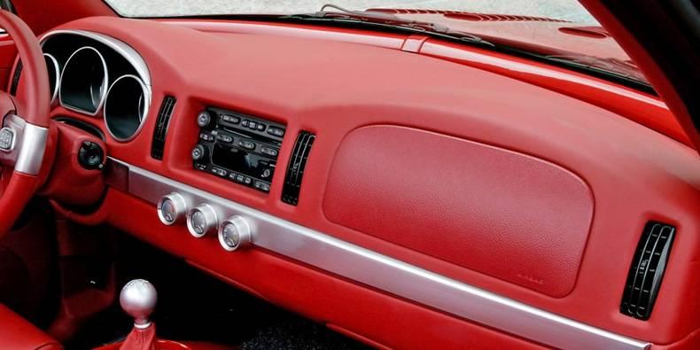 download Chevrolet SSR workshop manual