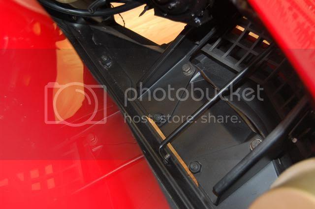 download Corvette Bumper Bracket Center Lower Frame To Bumper Left workshop manual