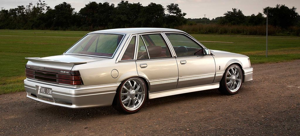 download HOLDEN COMMODORE CALAIS VK workshop manual