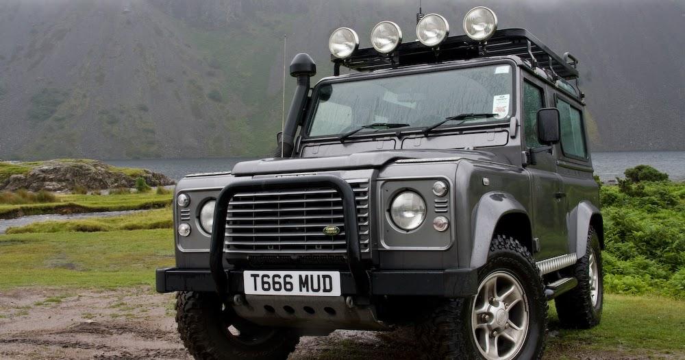 Download Land Rover Ninety One Ten 90 100 Defender V8 2 25