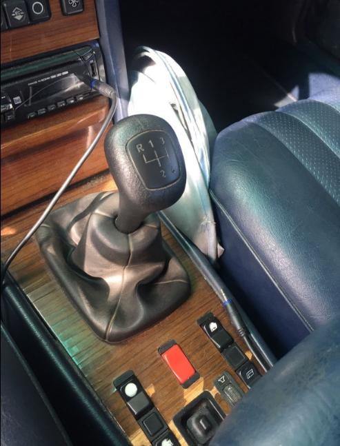 download Mercedes Benz 300SD workshop manual