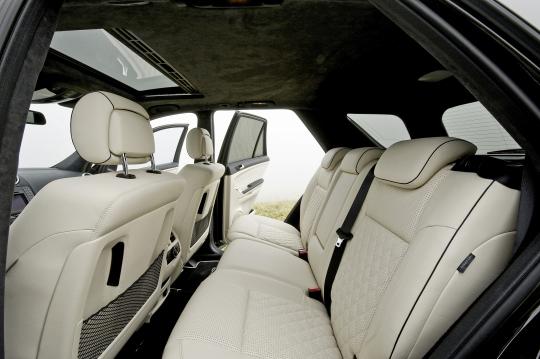 download Mercedes Benz ML63 AMG workshop manual