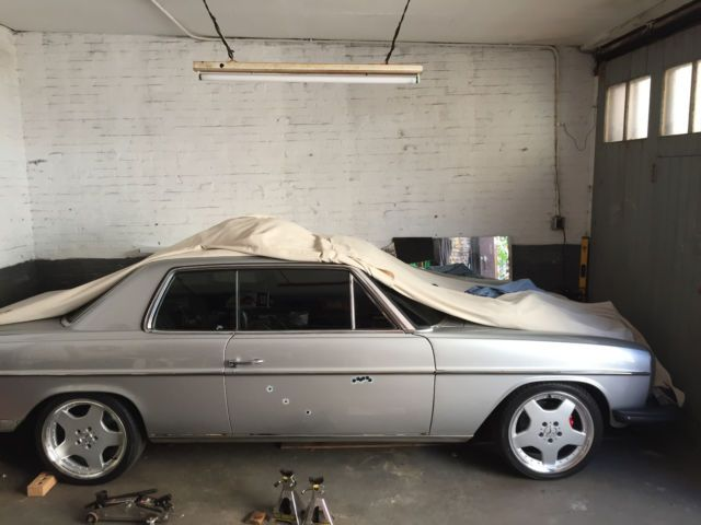 download Mercedes Benz W114 280C workshop manual