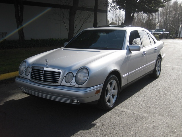 download Mercedes E320 97 workshop manual