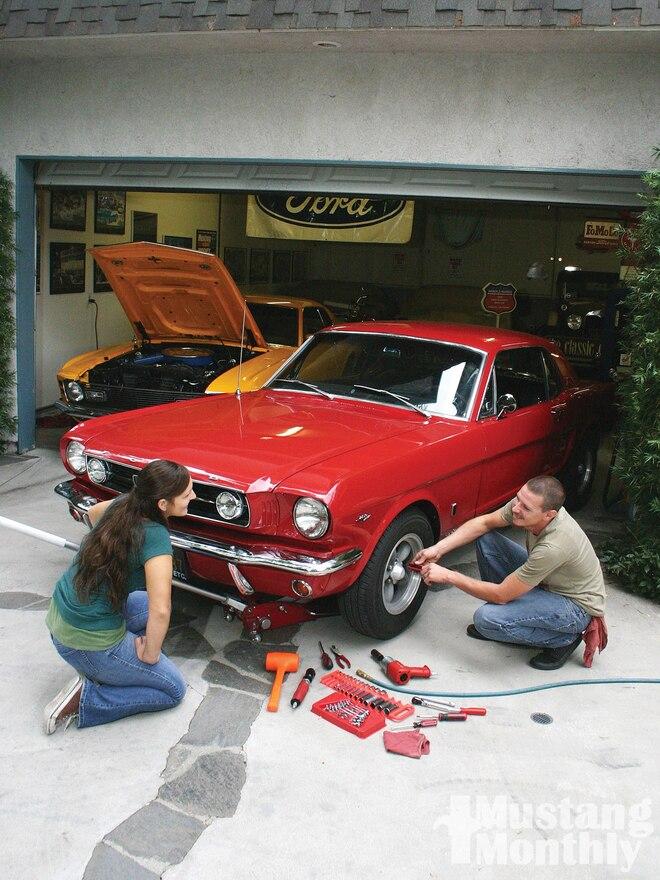 download Mustang Hatchback Rear Speaker Grille Left or Right workshop manual