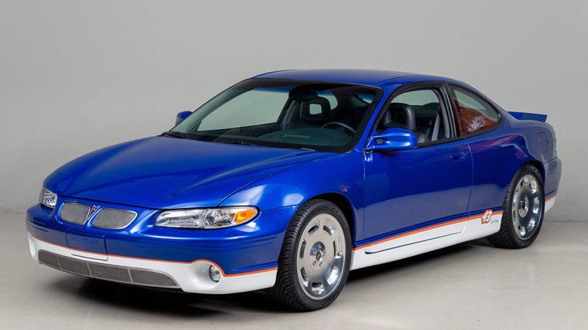 download Pontiac G<img src=http://www.theworkshopmanualstore.com/simple999/images/Pontiac%20Grand%20Prix%20x/2.1783fb82c45b089ce8c5fd4ab87b110e.jpg width=800 height=600 alt =