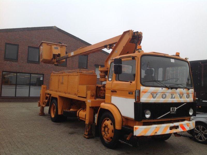 download VOLVO F611 Lorry Bus workshop manual